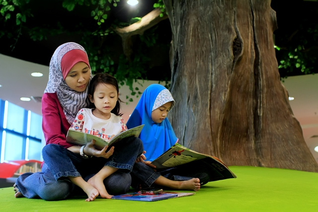 Gambar Membaca Di Reading Tree